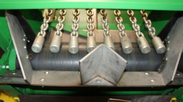 Полуприцеп тракторный разбрасыватель удобрений ПТРУ-8,2