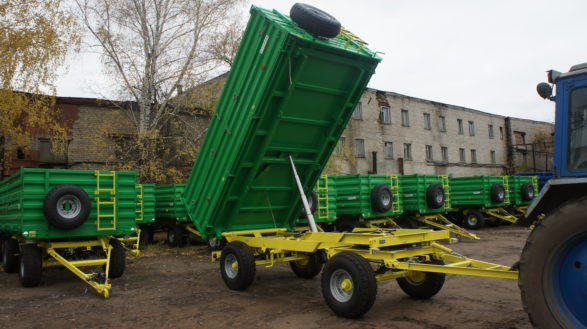 Прицеп тракторный самосвальный 2ПТС-6,5